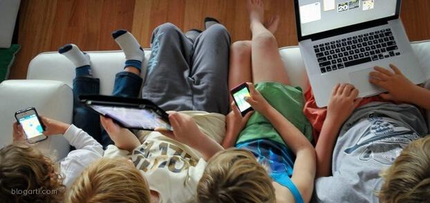 Çocuklar teknoloji başında ne kadar vakit geçirmeli?